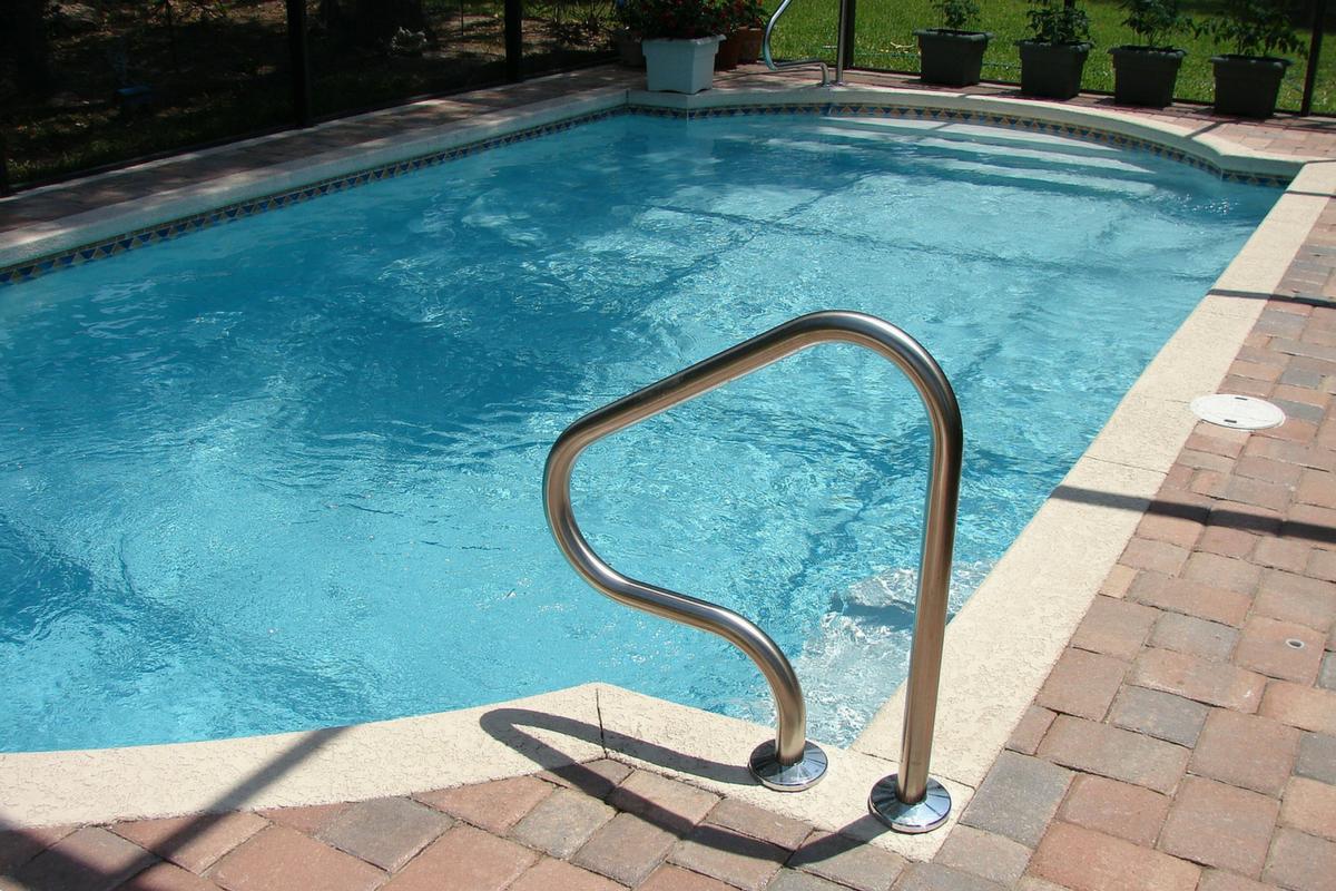 Pool Construction Contractor LA